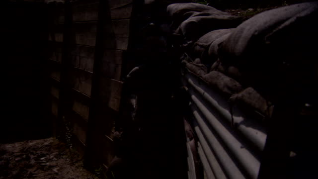 pov shot of a walk along a trench from the first world war in northern france. - 麻袋点の映像素材/bロール