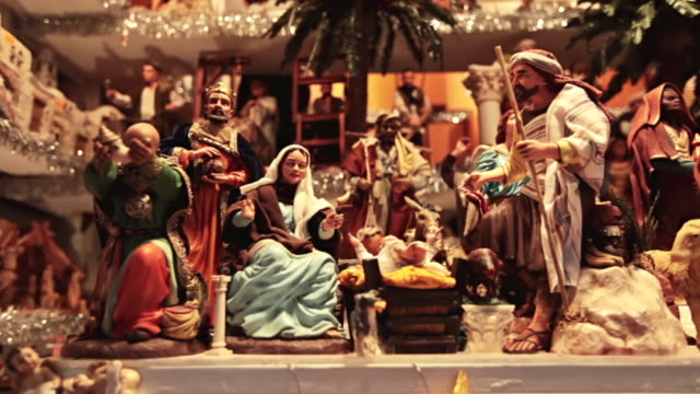 ms shot of artisan made presepio figurines for nativity scenes in historical christmas market of piazza novena / rome, italy - piazza navona stock videos & royalty-free footage