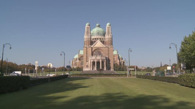 MS Shot of Basilica of sacred Heart / Bruxelles, Bruxelles, Belgium