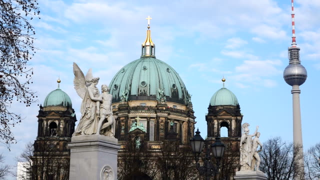 MS Shot of Berliner Dom (cathedral) / Berlin, Germany