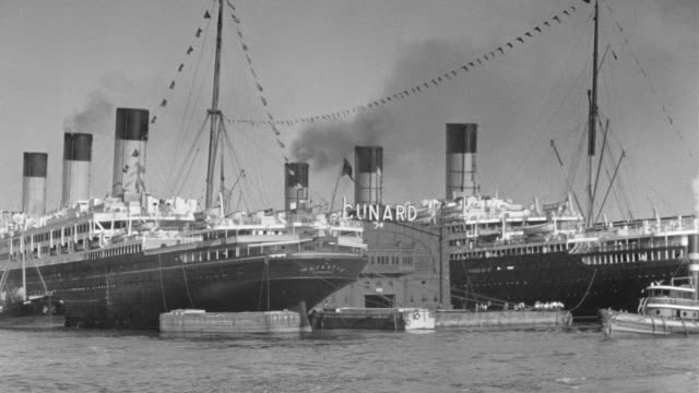 MS POV Shot of boat Hudson River, cruise ships dock