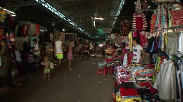 ms shot of busy cambodian market / sihanoukville, cambodia - cambodia stock videos & royalty-free footage