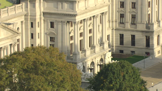 CU AERIAL TU Shot of capitol building staircase and top brass Commonwealth statue / Harrisburg, Pennsylvania, United States