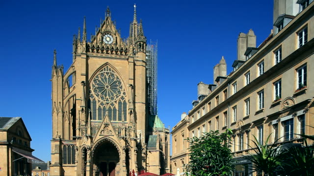 ms shot of cathedral / metz, lorraine, france - metz stock videos and b-roll footage