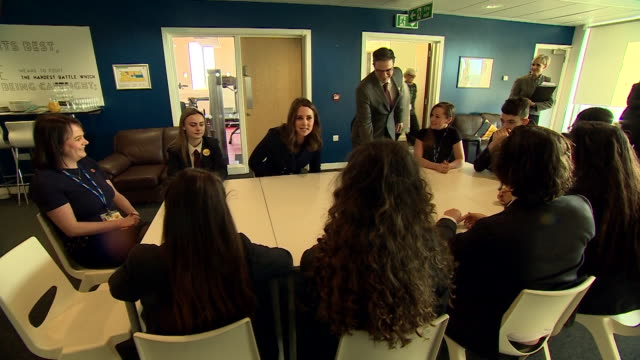 shot of catherine duchess of cambridge greeting year 10 students sat around a table at the reach academy in feltham london - schulleiter stock-videos und b-roll-filmmaterial