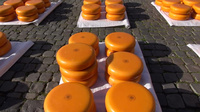 CU TU Shot of cheese market at Market square / Gouda, South Holland, Netherlands