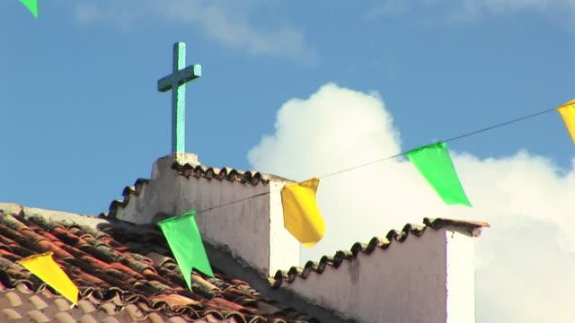 vídeos de stock, filmes e b-roll de ms la zo shot of church / jacobina, bahia, brazil - decoração