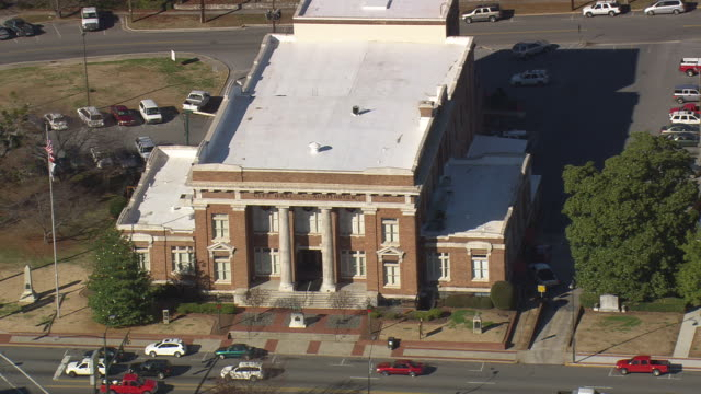 ms aerial shot of city hall auditorium with moving of car at rome / georgia, united states - auditorium stock videos & royalty-free footage