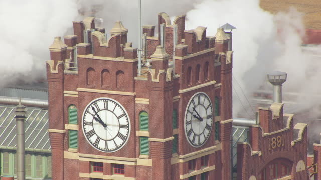 cu aerial ts shot of clocktower at anheuser busch brewery / st louis, missouri, united states - anheuser busch brewery missouri stock videos and b-roll footage