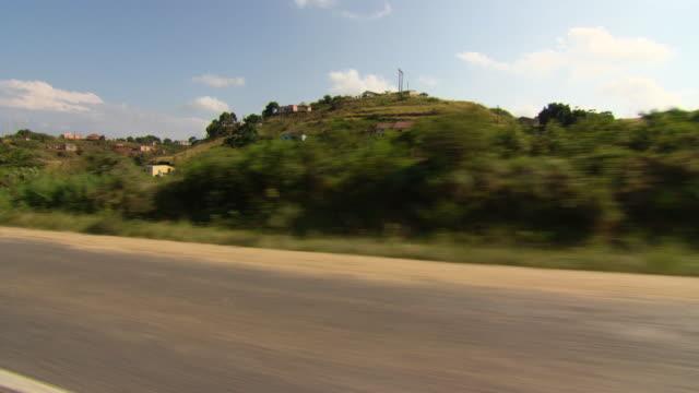vídeos y material grabado en eventos de stock de shot of country from fast moving car / durban south africa - kwazulu natal