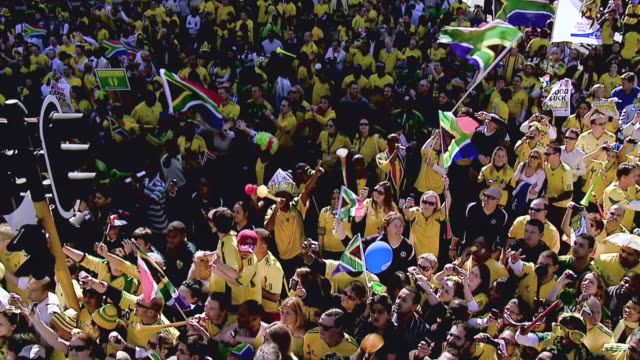 WS SLO MO Shot of Crowd of Bafana Bafana supporters during World Cup 2010 parade / Johannesburg, Gauteng, South Africa