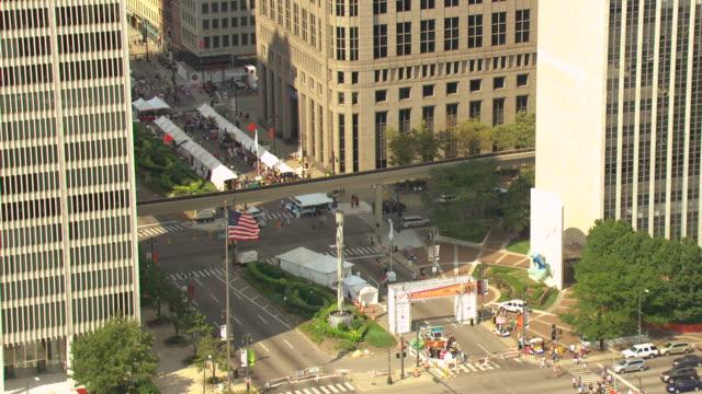 ms aerial tu shot of  detroit international jazz festival at hart plaza downtown / detroit, michigan, united states - スクエア点の映像素材/bロール