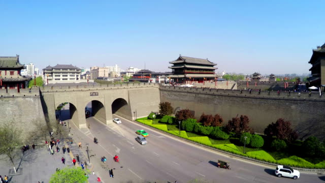 ws aerial shot of east gate of ancient city wall,xi'an, shaanxi, china - china east asia stock videos & royalty-free footage