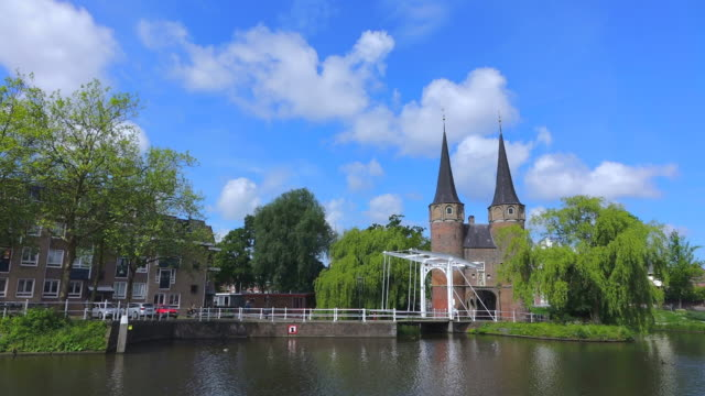 ws shot of eastern gate (oostpoort) / delft, south holland, netherlands - south holland stock videos and b-roll footage