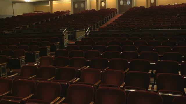 vídeos y material grabado en eventos de stock de ms pan shot of empty seats in concert hall / ann arbor, michigan, united states - ann arbor