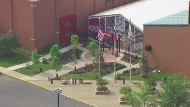 MS AERIAL Shot of Entrance to Biergarten at Anheuser Busch brewery / St Louis, Missouri, United States