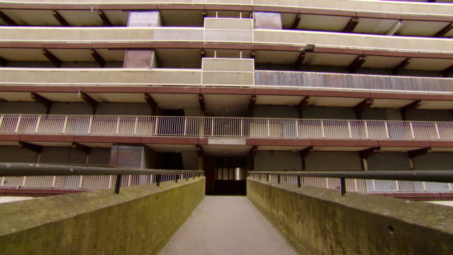 stockvideo's en b-roll-footage met ms shot of entrance to one of the derelict housing blocks, heygate estate / london, greater london, united kingdom - greater london