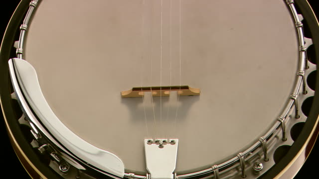 cu zo shot of epiphone banjo on turntable / nashville, tennessee, united states - strumento musicale video stock e b–roll