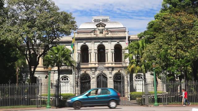 vídeos de stock, filmes e b-roll de ms shot of facade of palace of liberty / belo horizonte, minas gerais, brazil - palace