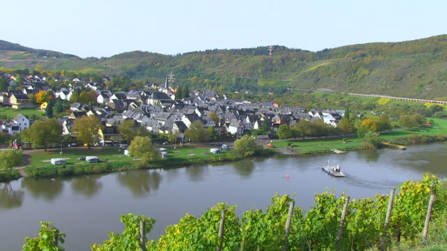 ws shot of ferry boat moving at moselle valley / pã¼nderich, rhineland palatinate, germany - rhineland palatinate stock videos & royalty-free footage