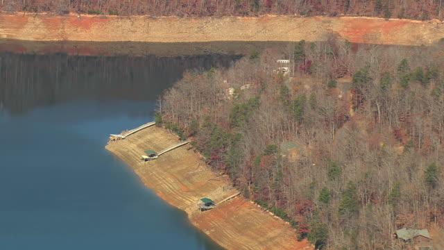 MS AERIAL Shot of Fontana Lake and Nantahala National Forest / North Carolina, United States