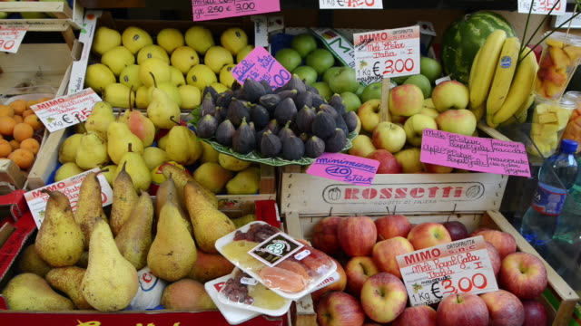 MS Shot of Fruits in store with typical products in city / Lake Garda, Lombardy, Italy