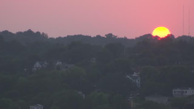 ws shot of hannibal at sunset / hannibal, missouri, united states - mark twain stock videos & royalty-free footage