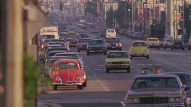 ms pan shot of heavy boulevard traffic - 1981 stock-videos und b-roll-filmmaterial