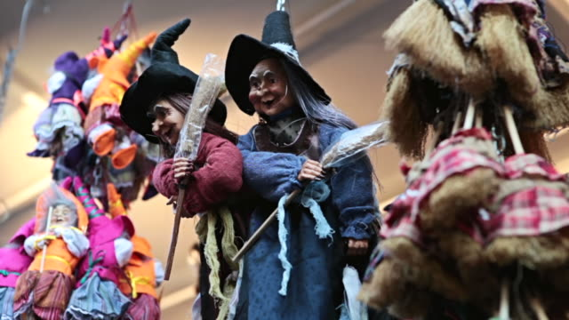 cu shot of historical christmas market of piazza novena and artisan old witch befana figurines / rome, italy - witch stock videos & royalty-free footage