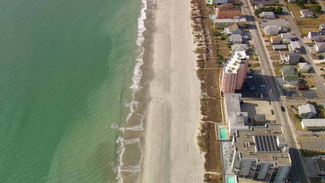 ms aerial tu shot of houses at north myrtle beach / south carolina, united states - myrtle beach stock videos & royalty-free footage