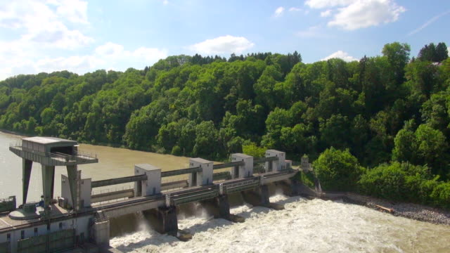 MS AERIAL Shot of hydroelectric power station / Wasserburg, Bavaria, Germany