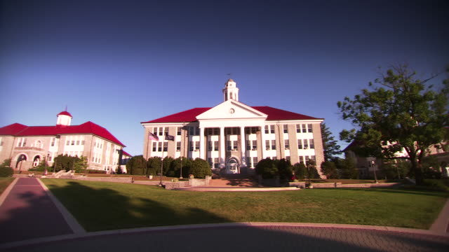 ms pan shot of james madison university campus buildings / harrisonburg, virginia, united states - university of virginia stock videos & royalty-free footage