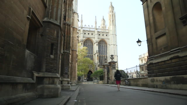vídeos de stock, filmes e b-roll de ms tu shot of kings college cambridge / cambridge, cambridgeshire, united kingdom - king's college cambridge