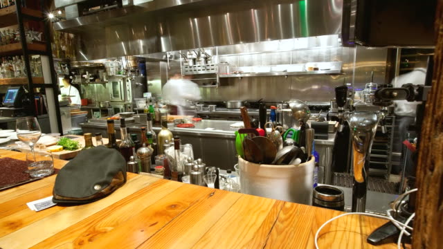 ms pov t/l shot of kitchen of restaurant / san francisco, california, united states - ristorante video stock e b–roll