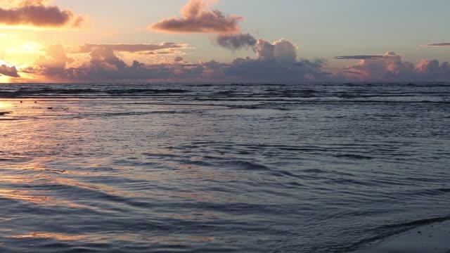 WS PAN Shot of landscape of beach at sunrise / St. Simons Island, Georgia, United States