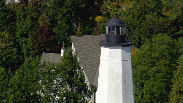 cu aerial tu zo shot of lighthouse off new london / connecticut, united states - new london county connecticut stock videos & royalty-free footage