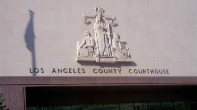 cu shot of los angeles county courthouse / unspecified - palazzo di giustizia video stock e b–roll