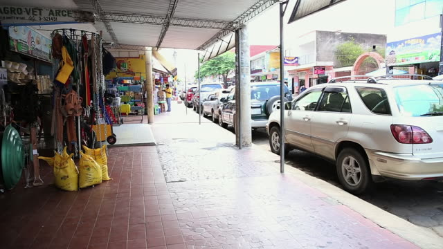 MS Shot of market area / Manitoba Community, Close to Santa Cruz de la Sierra, Bolivia