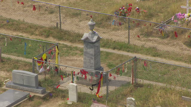 cu aerial ts zo shot of memorial at wounded knee / south dakota, united states - native american reservation stock videos & royalty-free footage