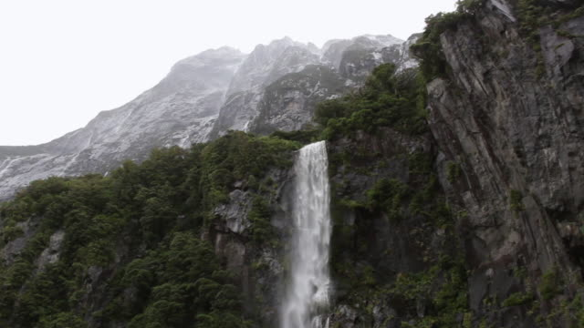 ms la shot of milford sound / te anau, new zealand - low angle view stock videos & royalty-free footage