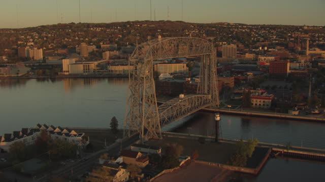 MS AERIAL Shot of Minnesota Point to reveal Aerial Lift Bridge / Duluth, Minnesota, United States