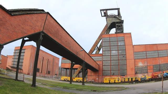 ms la shot of minning industry musee les mineurs wendel / petite rosselle, lorraine, france - lorraine bildbanksvideor och videomaterial från bakom kulisserna