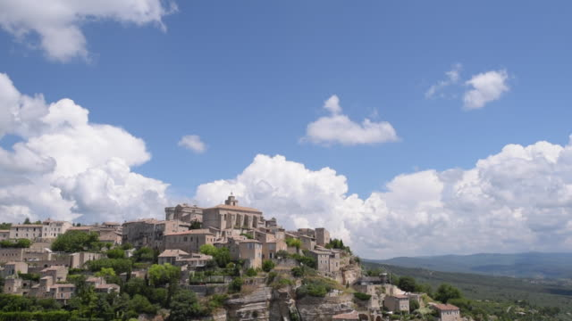 td shot of mountain village gordes - luberon video stock e b–roll