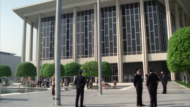 ws shot of music center or dorothy chandler pavilion - dorothy chandler pavilion stock videos and b-roll footage