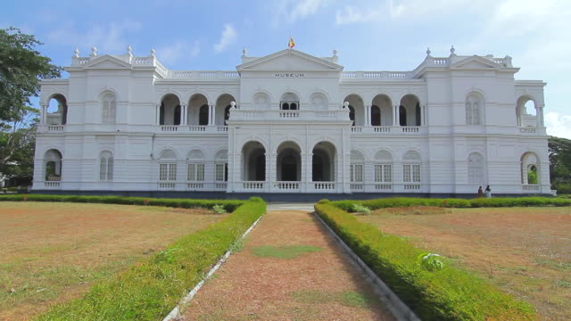 ms tu shot of national museum of colombo, classic colonial architecture / colombo, western province, sri lanka - sri lankan culture stock videos & royalty-free footage