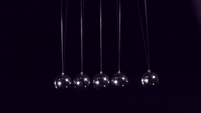 ms slo mo shot of newton's pendulum / seoul, south korea - five objects stock videos & royalty-free footage