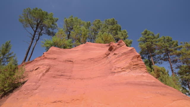 tu shot of ocre canyon of roussillon - luberon stock videos & royalty-free footage