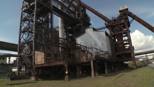 ms tu shot of old steelworks / uckange, lorraine, france - lorraine bildbanksvideor och videomaterial från bakom kulisserna