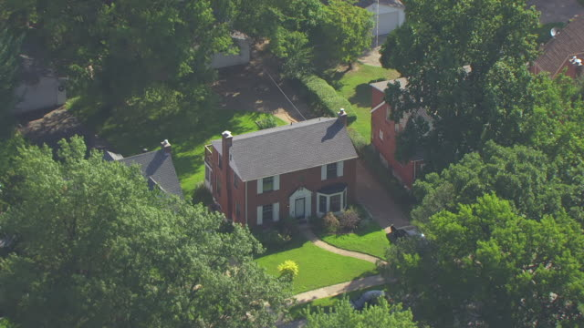 ms aerial shot of orbit home of roland doe / st louis, missouri, united states - exorcism stock videos & royalty-free footage