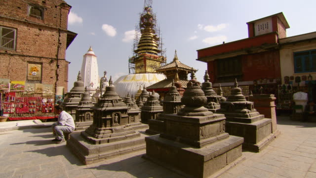 ws shot of outside of boudhanath stupa temple / kathmandu, nepal - stupa stock videos & royalty-free footage